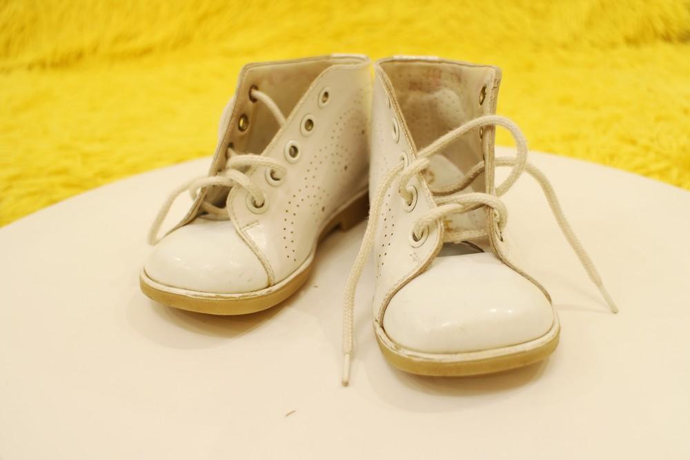 Кожаные белые ботиночки фото №1