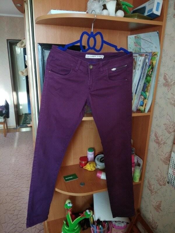 Продам красивые джинсы из магазина calliope размер s - m фото №1