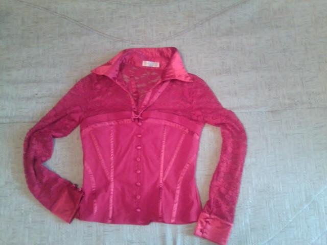 Неймовірно елегантна червона блуза фото №3