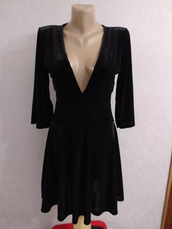 Boohoo бархатное велюровое платье с глубоким декольте, р.12-40 фото №5