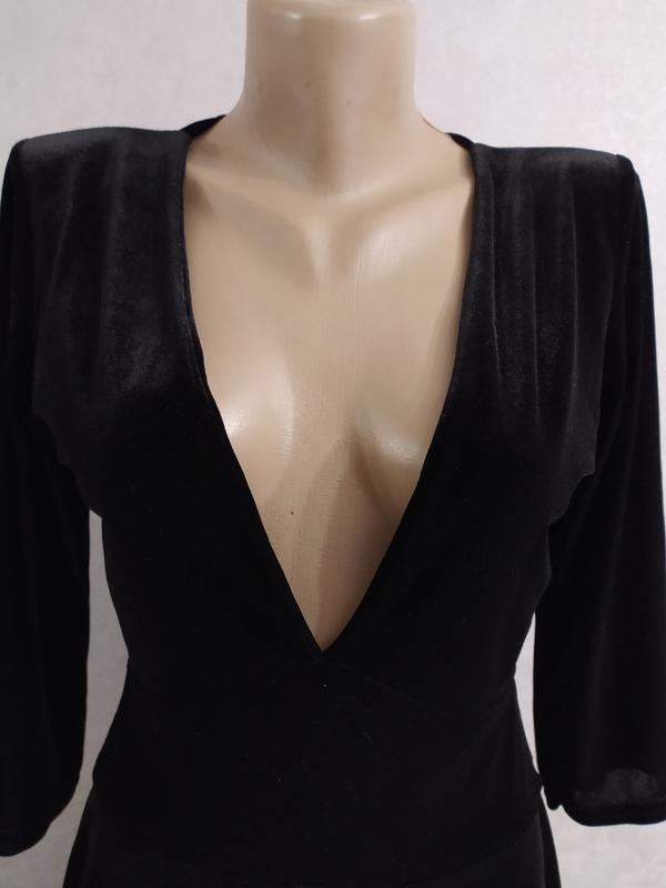Boohoo бархатное велюровое платье с глубоким декольте, р.12-40 фото №7