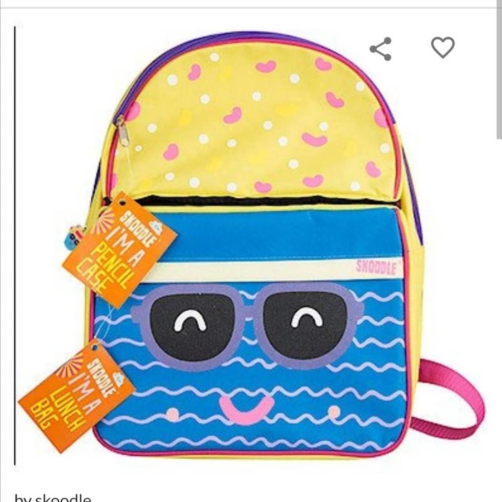 Крутой фирменный рюкзак skoodle с ланч бэгом и пеналом для садика, школы и путешествий фото №8