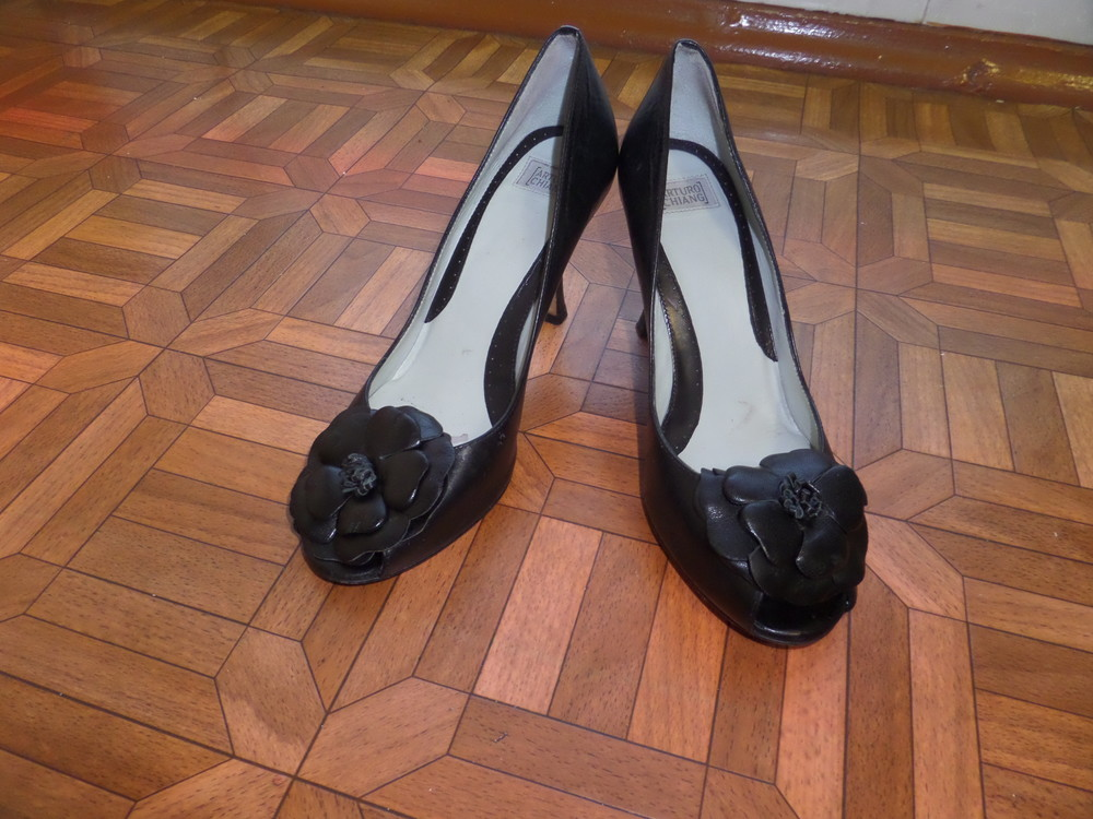 Фирменные туфли кожа р.37 стелька 24 см фото №2